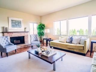 Furnished 4-Bedroom Home at Paradise Dr & Trestle Glen Blvd Belvedere Tiburon