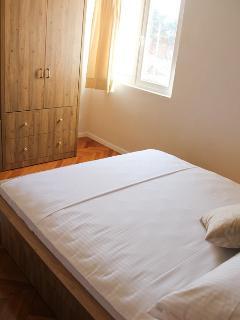 A2(7): bedroom