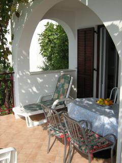 A4 (2+2): terrace