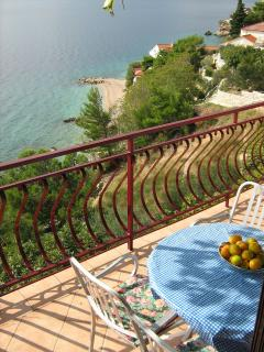 A5 (2+2): terrace view