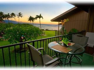 ** Amazing OCEANFRONT Sunsets ** Platinum Rated **, Lahaina