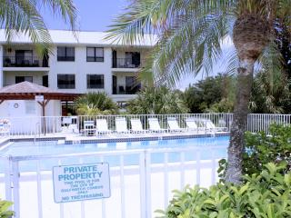 Absolute Anna Maria / Fall Special Offer, Bradenton Beach