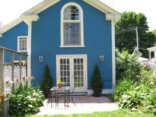 Beverly near the bridge-Last minute openings 8/6-10 and 9/4-9/10 make an offer!