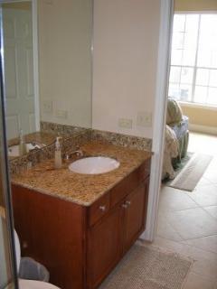 Sink w Granite Counter Top