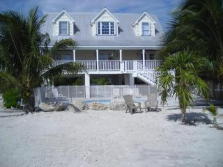 Atlantic Front Home - Private Pool & Hot Tub!, Marathon