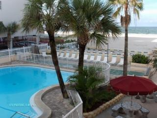 2 BR, 2 BA Surf Song Resort Townhouse #343 -- Aug 14-21 Special $800/wk + fees