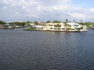 Intracoastal End Condo with Water Views, Boynton Beach