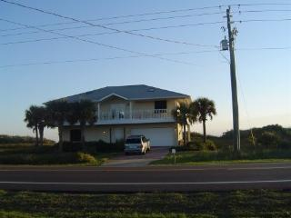 private beach house on the ocean--what a deal!, Flagler Beach