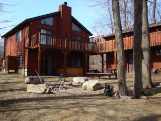 TwinBridge Lakefront House with Hot Tub & Fire Pit
