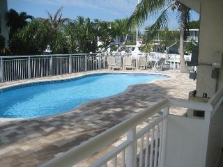 Islamorada Luxury Home Ocean & Bay Access