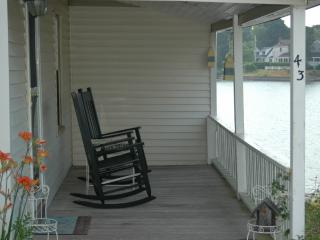 WATERFRONT 3 Bedroom Beach  Home