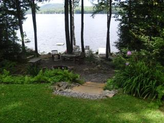 Beautiful 3 Bedroom Lake House on Embden Pond