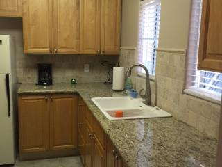Newly remolded 2 bedroom 1 bath guest house, Chino Hills