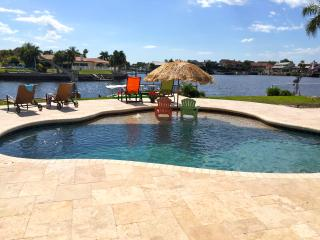 GulfViews, Waterfront, Sunsets, Pool, Dock, Wirles, New Port Richey
