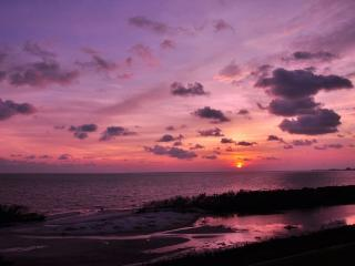 NEW*Island Sunsets I & I I- Gulf Fronts- WiFi&ROKU, Fort Myers Beach
