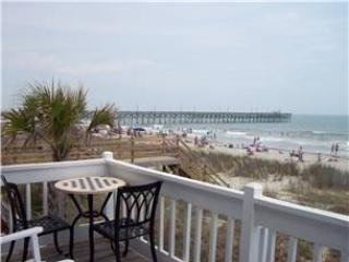 Almost Heaven OCEANFRONT A C 2Br/1Ba Slps 8 WiFi