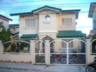 4 Br House in Gated Estate, Cebu with Pool, Cebu Island