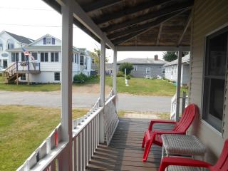 OCEAN VIEW BEACHHOUSE 1 MIN WALK TO  BEACH