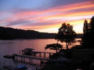 Relax, Play and enjoy the Sunshine at Big Lake!, Conway