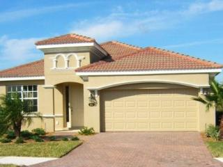 Luxurious Lakeside Villa -Pool,Spa & Games Room, Bradenton