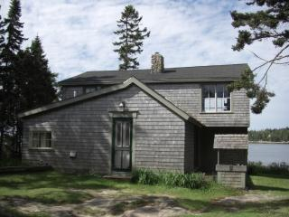 Oceanfront Cottage Downeast in Schoodic/Corea, ME!