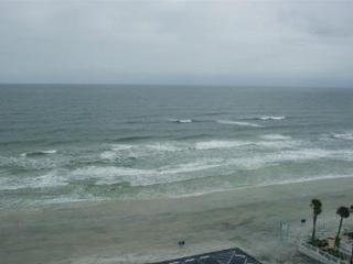 Beachfront Condo in Daytona Beach, 1 BR 1bath
