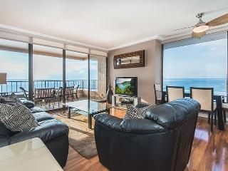 Penthouse Corner - Absolutely Oceanfront - Just a few feet from the Ocean $199