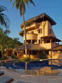 Villas Los Arcos - Zihuatanejo, Mexico