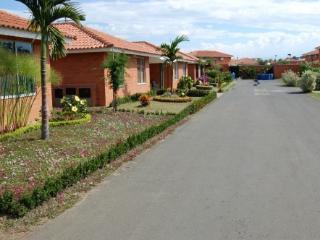 Vacation Villa In Cali - Colombia, Jamundi