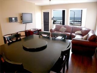 Beachfront 3 Bedroom/2 Bath Condo Oceanview, Imperial Beach