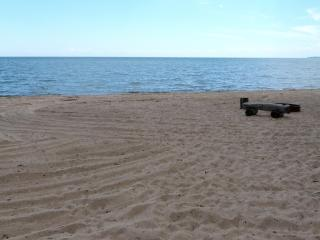 Newly Remodeled Beachfront Home!, Au Gres