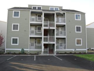 3 BR On The Water/Short Walk to Beach/Shops Dock, Ocean City
