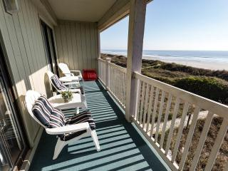Direct Oceanfront!! Safe, family area