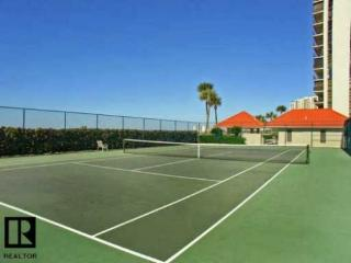 Luxury 2 bed, 2 bath, Gulf-front Condo - 2 wk Min., Clearwater