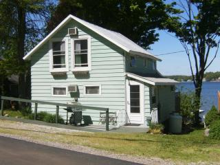 Lake Cottage Memorial Day Weekend still available!, Angola