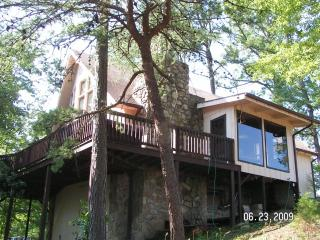 Pigeon Forge Cabin In Dollywoods Backyard, Sevierville