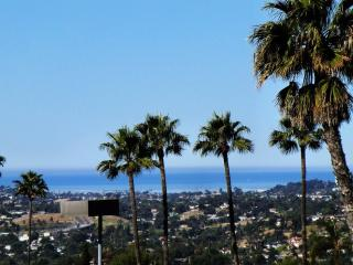 AWESOME MOUNTAIN & OCEAN VIEWS. 4 BR 3.5 BA, San Diego