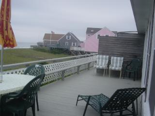 """LOCATION! """"SEASIDE"""" 2- 12 guests / PRIVATE  BEACH"""