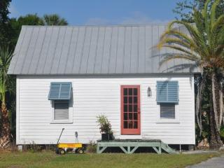 Small Cottage Studio, Fort Pierce