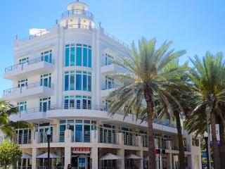 DELUXE 2000SQF OCEAN DRIVE 4TH RESIDENTIAL, Miami Beach