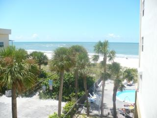 Oceanview - Madeira Beach  650 / week after Aug 20