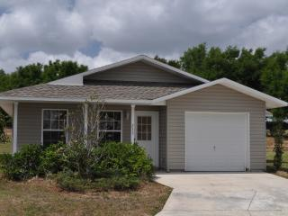 New 3 Bed/2 Bath House in gated community, Davenport