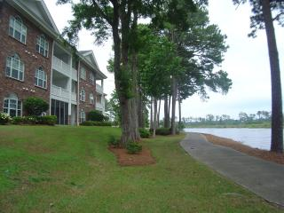 2BR Golf & Beach Villa - Myrtle Beach  (Sun & Fun)
