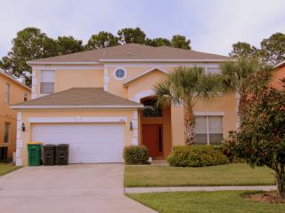Specious 8 BR Pool Villa Free WIFI Near Disney, Four Corners