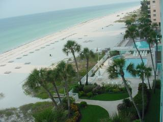 Gulf-Front Condo -- Water views from every room!, Indian Rocks Beach