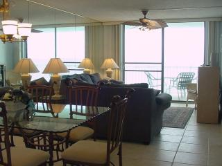 Gulf-Front Living Room and Dining Room