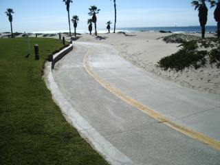 Oceanfront - Dry Sand - Surf Break