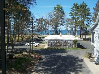 Lake Superior Beachfront Resort-Seacoast Resort, Marquette