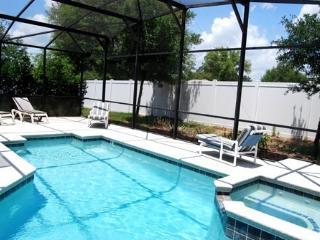 Private Pool Area - no villas to the rear