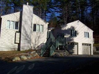 4 Bedroom NH Vacation Home